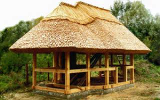 Покрываем крышу камышом