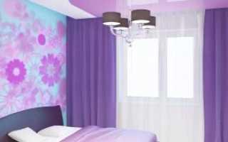 Двухцветные натяжные потолки для зала