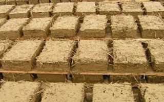 Саман: компоненты для самана, технология формовки саманных блоков, кладка стен.